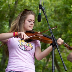 2013 fiddle contest winner